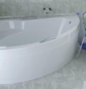 Акриловая ванна BESCO Ada 140 L